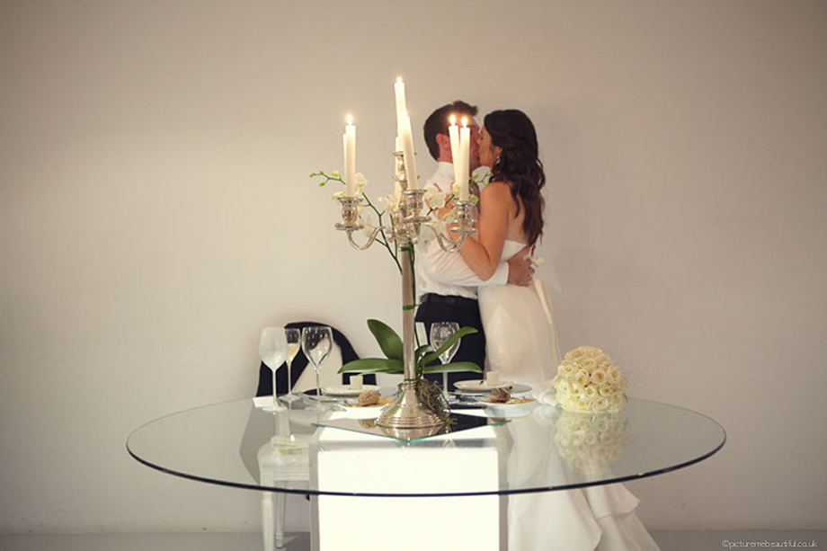 kiss-me-quick-by-picture-me-beautiful-wedding-photography