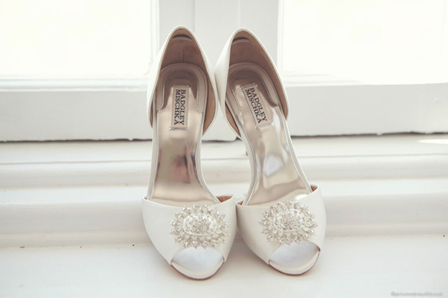 wedding shoes by picture me beautiful photography uk
