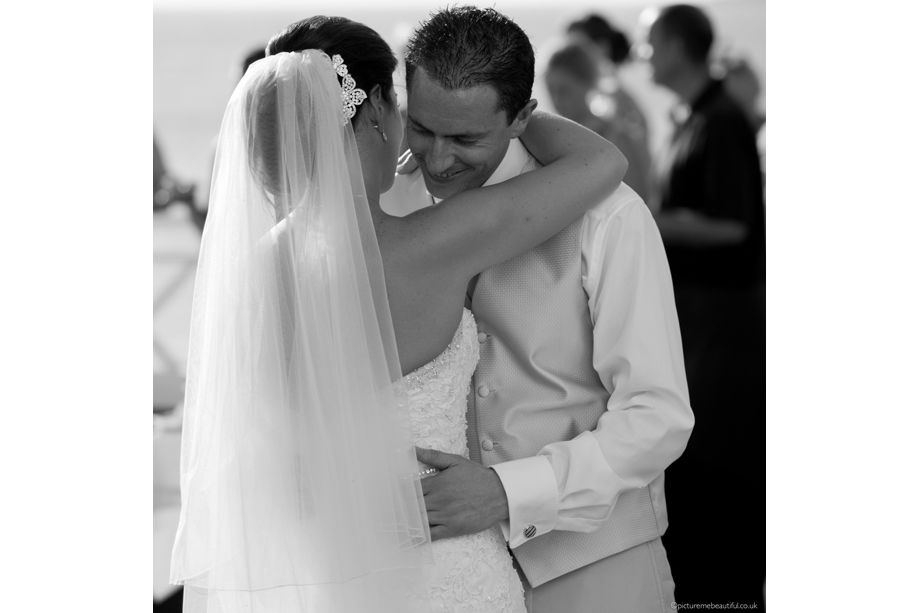 first-dance-by-picture-me-beautiful-wedding-photography-uk