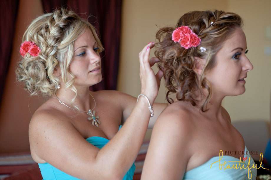 bridesmaids-in-blue-by-Picture-Me-Beautiful-Wedding-Photography